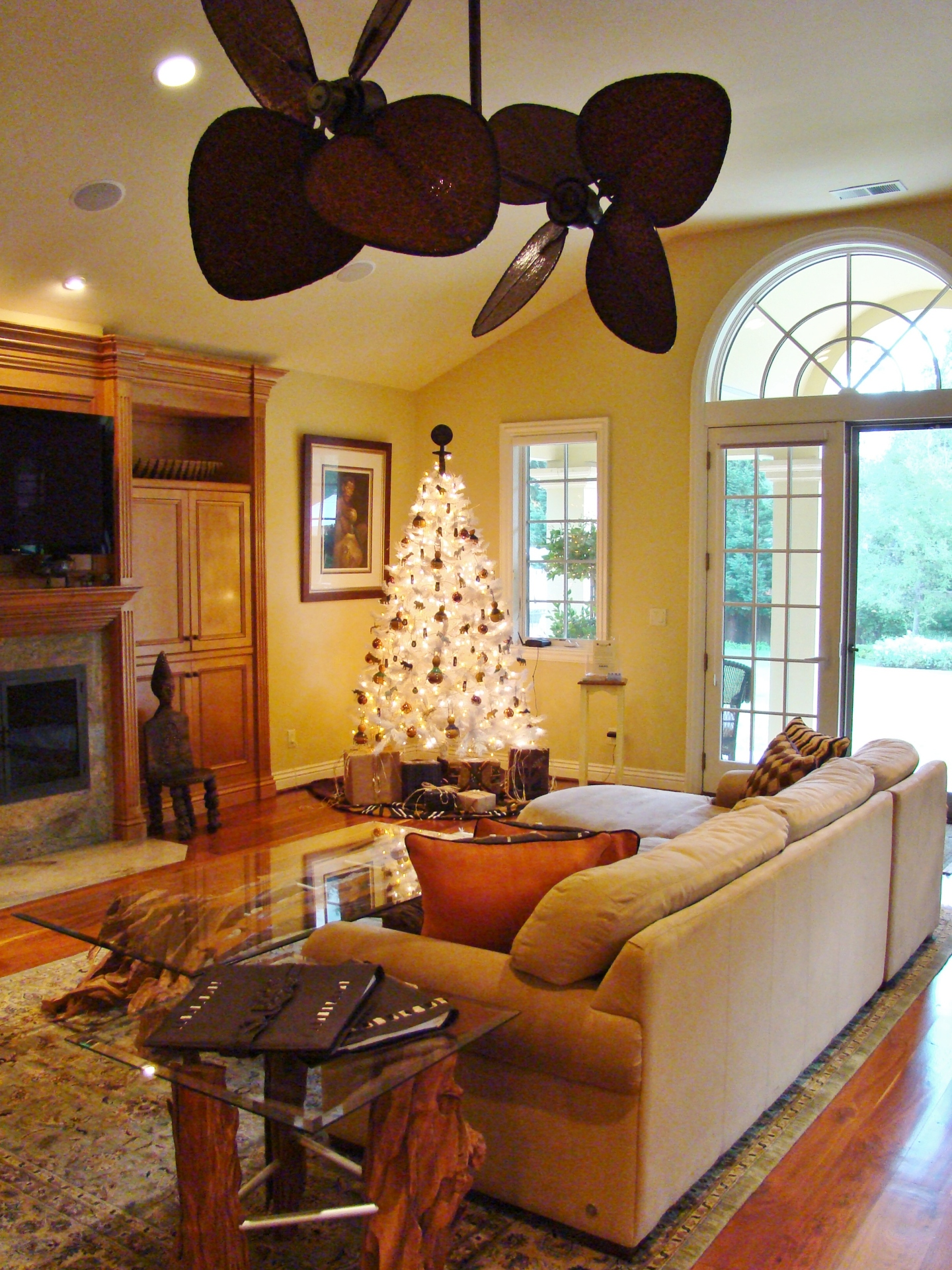 Fiorito Interior Design, interior design, Homes For The Holidays, African, holiday tree